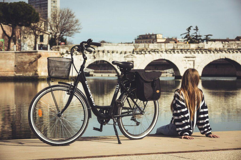 Bici elettrica economica Cobran new easy