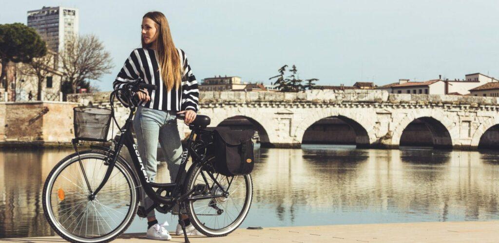 bici da città elettrica in offerta