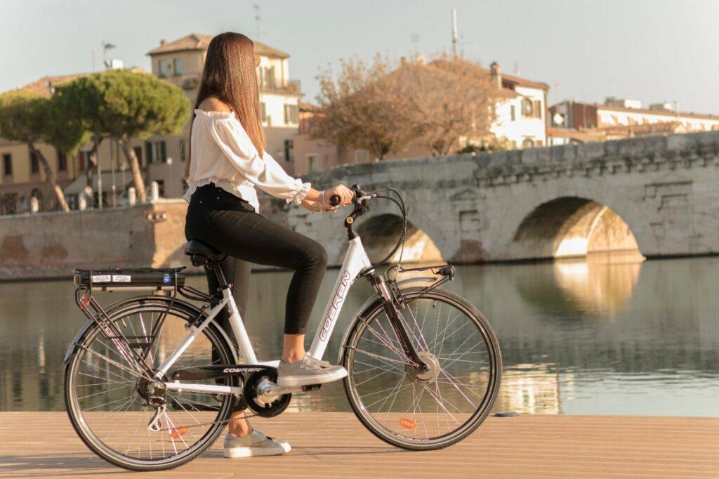 bici elettrica Rimini ponte di tiberio